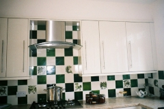 green_white_kitchen