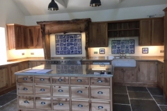 oak-kitchen-tiles-1