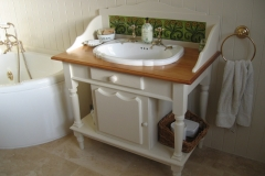 washstand_tiles