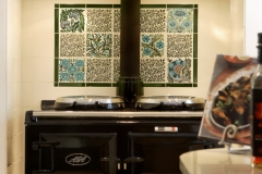 Aga panel - William De Morgan floral tiles